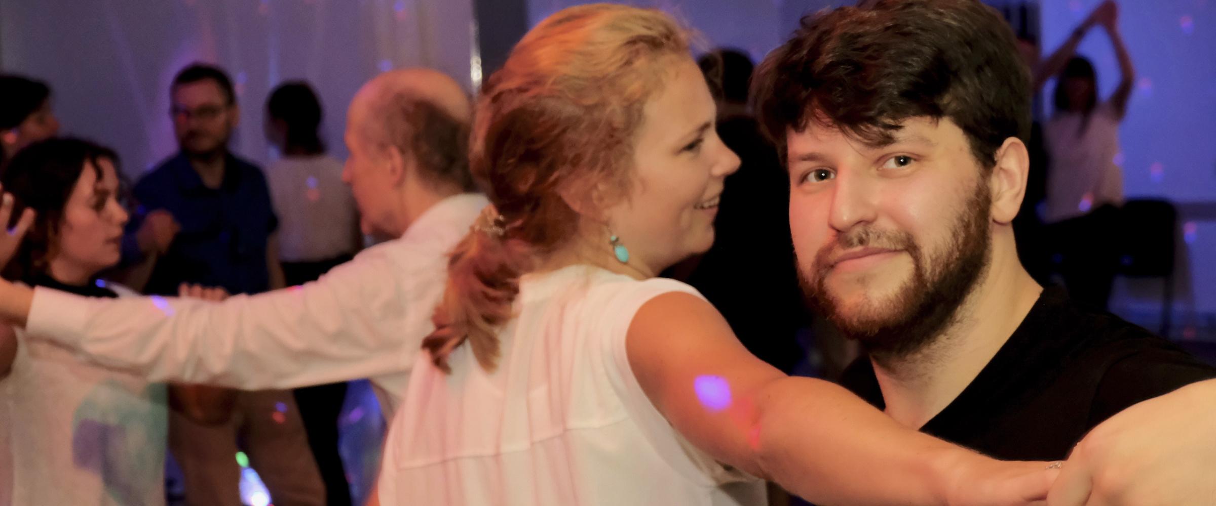 Modern Jive offene Tanzkurse Di & Do- jederzeit anfangen - auch ohne Tanzpartner